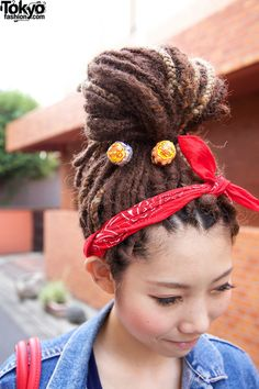 Its not too often that you see Japan repin' dreads! Love it. I love seeing the culture diversity with this awesome hairstyle.