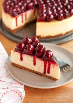 foods and desserts Here's a step-by-step recipe for creamy, no-fail cheesecake. We explain water baths, best ingredients, and all the smartest tips for perfect cheesecake. Yummy Recipes, Cake Recipes, Dessert Recipes, Cooking Recipes, Yummy Food, Cherry Recipes, Cooking Bacon, Bread Recipes, Recipies