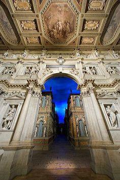 Teatro Olimpico, proscenio A. Palladio - Vicenza, Italy