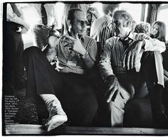 Hunter S. Thompson and George McGovern, Annie Leibovitz wow what a photograph.he was a wild man .love him see johnny depp play hunter s tompson Hunter S Thompson Quotes, Lost Decade, Last Tango In Paris, I Still Love Him, Fear And Loathing, Burt Reynolds, Chuck Berry, Annie Leibovitz, Artists