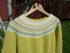 """""""Våren"""" pullover. Photo P. Silfverberg"""