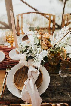 Orange and rust fall wedding palette. Lakeside Wedding, Boho Wedding, Cedar Lake, Luxury Wedding Venues, 100 Layer Cake, Bridal Dress Design, Fall Wedding Colors, Warm Autumn, Wedding Tables