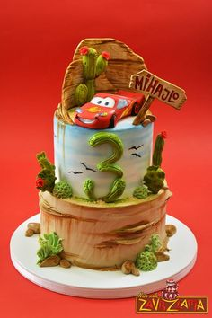 Lightening Mcqueen Birthday Cake, Lightning Mcqueen Cake, Planes Birthday Cake, Car Cakes For Boys, Fondant, Rodjendanske Torte, Disney Cakes, Fancy Cakes, Creative Cakes