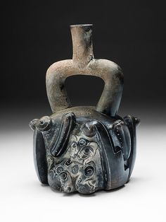 Stirrup-Spout Vessel with Feline and Cactus | The Art Institute of Chicago