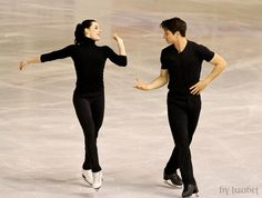 Tessa Virtue and Scott Moir practising at the 2012 World Championships.