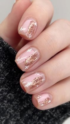 Stylish Nails, Trendy Nails, Pretty Nail Art, Pretty Short Nails, Short Nails Art, Cute Nail Art, Easy Nail Art, Elegant Nail Art, Beautiful Nail Art