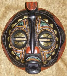 AFRICAN MASKS-BALUBA TRIBE http://www.genuineafrica.com/images/Baluba/Baluba_Mask_2Hugexxxx.jpg