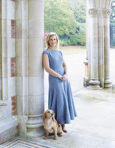 Kungligkoll, Grevinnan Sophie, gift med prins Edward. Omslagsflicka på Harper's Bazaar.