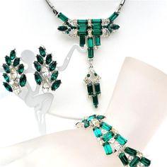 Art Deco Green Rhinestone Necklace Bracelet Earrings Set Emerald Parure