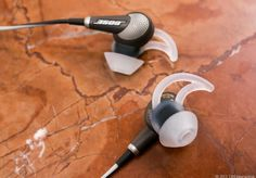 Despite some downsides, including a high price, the Bose QuietComfort 20 offers the best noise-canceling in an in-ear headphone and should tempt frequent travelers looking for a more compact alternative to full-size NC headphones. Bose Noise Cancelling, Best Noise Cancelling Headphones, Wireless Headphones, Latest Gadgets, Tech Gadgets, Cool Gadgets, Best In Ear Headphones, New Business Ideas, Tech Toys