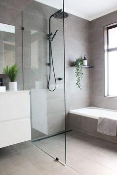 Wet Room Bathroom, Bathroom Renos, Laundry In Bathroom, Bathroom Inspo, Bath Room, Bathroom Design Inspiration, Modern Bathroom Design, Bathroom Interior Design, Small Bathroom Designs