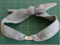 Fabric Bows and More: DIY: 50s Style Bowtie Headband by Momtastic