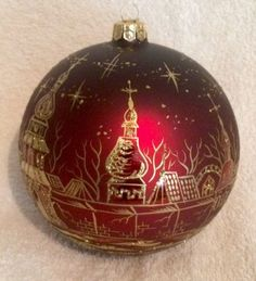 Hand-Painted-Ukrainian-Christmas-Ornament-City-of-Gold