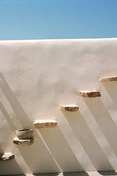 Amorgos, Greece + patio + outdoor spaces + design inspiration + interior styling + resort lifestyle + minimal living + rustic home + tropical luxury | de los trópicos Minimalist Architecture, Architecture Design, Architecture Interiors, Mykonos, Santorini, Exterior Design, Interior And Exterior, Greece Pictures, Greek House