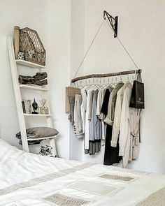 Für Zimmer – – For rooms – – Ideas Populares Related posts: Pour la pièce – # pour # la pièce – … Is this a ladder? Liv Treweeke {Room Inspo Netflix Riverdale Frem … Furnishing of living room, home … Room Ideas Bedroom, Diy Room Decor, Bedroom Decor, Boho Room, Easy Home Decor, Room Inspiration, Diy Furniture, Diy Clothes Rack, House