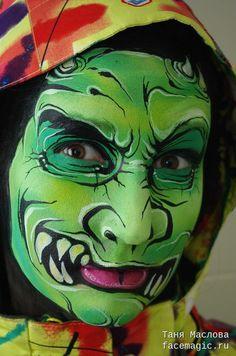 Green devil. Face paint by Tanya Maslova.
