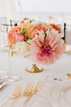 12 Stunning Wedding Centerpieces - 26th Edition