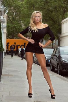 Legs High Heels and Beautiful Women : Photo