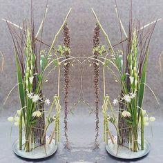 Gregor Lersch, Water Resources, Gladiolus, Glass Vase, Floral Design, Composition, Weaving, Instagram, Home Decor