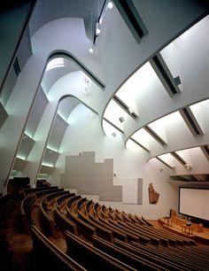 Alvar Aalto, Auditorium in Espoo, near Helsinki. Miss my study abroad! Auditorium Design, Auditorium Architecture, Alvar Aalto, Amazing Architecture, Art And Architecture, Architecture Details, Chinese Architecture, Futuristic Architecture, Classical Architecture