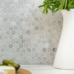 Search results for: 'mosaic decorator carrara white penny round honed floor wall tile' Penny Round Tiles, Penny Tile, Mosaic Bathroom, Master Bathroom, Bathroom Feature Wall, Basement Bathroom, Bathroom Flooring, Best Flooring For Kitchen, Penny Backsplash