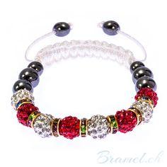 Shamballa Armband in Rot und Weiss  - http://bramel.ch/accessoires-shop/armband/shamballa-armband-in-rot-und-weiss/ http://bramel.ch/wp-content/uploads/2014/06/Shamballa-mit-Rot-und-weiss-600x600.jpg