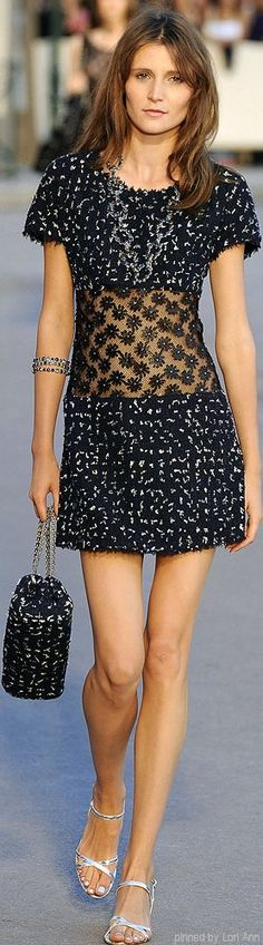 I knew this was CHANEL before I even looked at the caption, love it.... CHANEL - Spring 2015