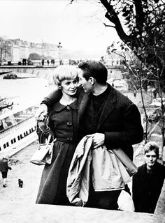 Paul Newman & Joanne Woodward on the set of 'Paris Blues', 1961.