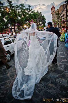 Oaxaca Wedding Parede / Calenda de bodas en Oaxaca, México.