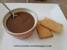 Crème danette au thermomix : à essayer vite - Foods Schmuck Damen Creme Dessert Thermomix, Thermomix Desserts, No Cook Desserts, Easy Desserts, Delicious Desserts, Yummy Food, Cooking Chef, Fun Cooking, Cake Recipes