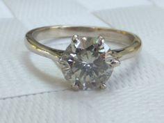 Stunning 1.1/2 carat Diamond 18ct white gold solitaire ring