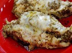 Mozzarella & Pesto Chicken In A Crock Pot Recipe