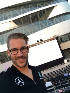 "Maximilian Götz auf Twitter: ""Tonight Mercedes-Benz Social Media Night Looking…"