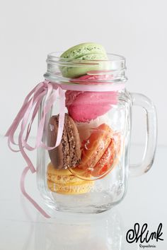 ¡Deliciosos sabores, para alegrar tu día! #Mink #Macarons