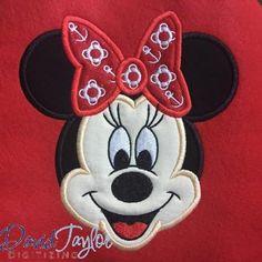 Minnie Face Bon Voyage Disney Cruise Line Minnie, Disney Mickey, Applique Designs, Machine Embroidery Designs, Embroidery Applique, Embroidery Patterns, Voyage Disney, Baby Afghan Crochet Patterns, Beginning Quilting