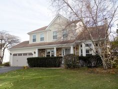 Lovely 2-story colonial located on desirable cul-de-sac lot. Hardwood flooring throughout first floor.  2-story living room with bay window and built-in window seat with storage.  Large eat-in kitchen with newer stainless steel appliances, oak cabinetry, island and planning desk.  Master suite has volume ceiling, walk-in closet and attached, remodeled luxury bath with dual sink vanity, granite counters, soaking tub and separate shower with custom tile work.  Brand new carpeting on 2nd…