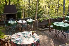 Outside Dining on the Terrace at Sourwood Inn, Asheville Bed and Breakfast.