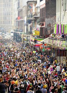Ah the Quarter during Mardi Gras! (This is why I DON'T go to New Orleans during Mardi Gras!)