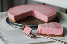 SCD Raw Strawberry Cheesecake