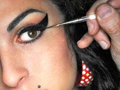 Amy Winehouse's batshit crazy eyeliner.