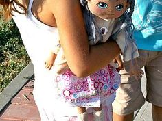 Шьём веселую куклу для девочки - Ярмарка Мастеров - Наталия. Игрушки в стиле Прованс. - Ярмарка Мастеров http://www.livemaster.ru/topic/1346523-shem-veseluyu-kuklu-dlya-devochki