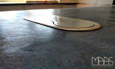 Mit seiner bewegten Textur ist der Granit Anden Phyllit ein hervorragender Naturstein für Arbeitsplatten!