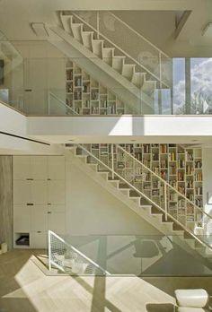 37 Unique Modern Staircase Design Ideas for Your Dream House ~ Modern Staircase, Staircase Design, Staircase Ideas, Book Staircase, Grand Staircase, Open Trap, Casa Loft, Interior Architecture, Interior Design
