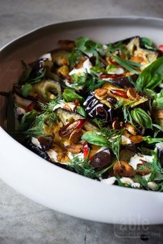 The Best Yotam Ottolenghi Recipes You Don't Want to Miss! The Best Yotam Ottolenghi Recipes You Don't Want to Miss! Yotam Ottolenghi, Ottolenghi Recipes, Clean Eating Snacks, Healthy Eating, Herb Salad, Cooking Recipes, Healthy Recipes, Healthy Herbs, Gourmet