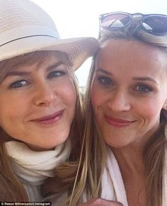 a7eac1e0bea Friends Nicole Kidman and Reese Witherspoon. Naomi Watts