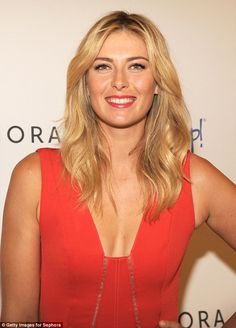Pin for Later: Reese Witherspoon's Red Lip Is Your New Default Weekend Style Maria Sharapova Beautiful Celebrities, Beautiful Women, Maria Sharapova Hot, Sharapova Tennis, Maria Sarapova, Coral Lips, Professional Tennis Players, Ice Girls, Tennis Players Female