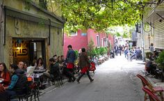 Istanbul cafes and tea houses #backpacking #istanbul