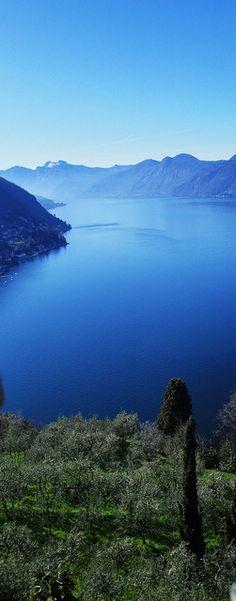 Brilliant blue lake in Northern Italy. Varenna da Castel Vezio Varenna, Province of Lecco , Lombardy region Italy