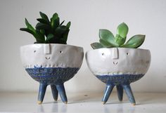 Make your plants smile with Atelier Stella pots Ceramic Planters, Ceramic Clay, Ceramic Pottery, Clay Flower Pots, Clay Pots, Head Planters, Art Deco, Diy Clay, Clay Crafts