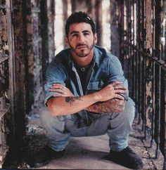 Sully Erna is BEAUTIFUL & Amazingly talented....I fking love this MAN!!! <3